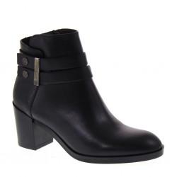 VALLEVERDE Stivali in pelle nera con fondo basso a carrarmato | Cod. 49552