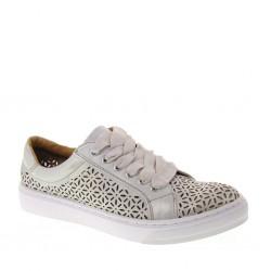 Sneakers in Pelle Sintetica Traforata Color Ghiaccio - Mariamare 66257 3ebb371a514